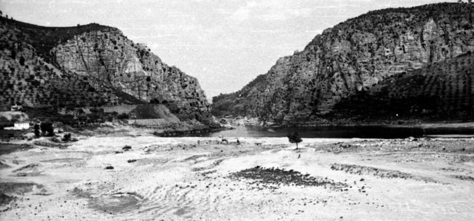 Portas de Ródão antes da construção da barragem de Fratel